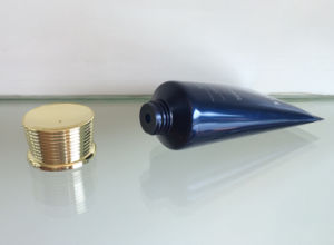 Plating Screw Thread Cover with Flexible Tube for Cosmetic Packaging pictures & photos