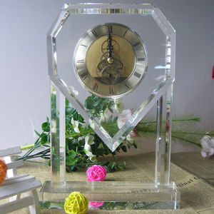 Luxury Table Crystal Clock for Home Decoration pictures & photos