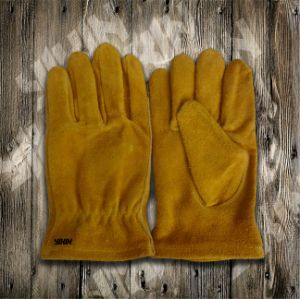 Cow Split Leather Glove-Working Glove-Safety Glove-Leather Glove-Children Glove pictures & photos