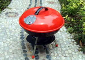 Red Portable Charcoal Weber BBQ Grill pictures & photos