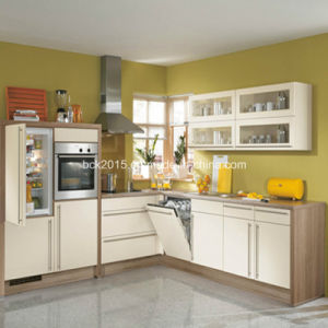 Bck 2015 Newest Modern White Gloss Kitchen Cabinet pictures & photos