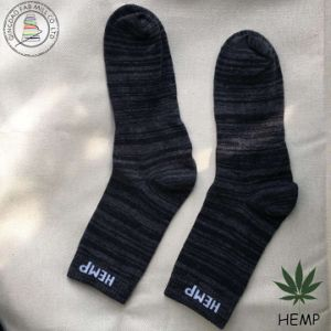 Wholesale High Quality Multi-Colored Hemp Cotton Men Socks (HS-1606) pictures & photos