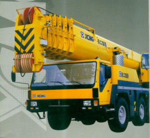 XCMG Official Manufacturer Qay350 350ton Price of All Terrain Crane pictures & photos