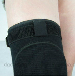 Breathable Protective Soft Elastic Knitted Sports Support Knee Wraps pictures & photos