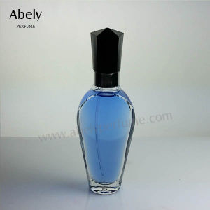 2018 New Crystal Glass Bottle with Perfume Sprayer pictures & photos