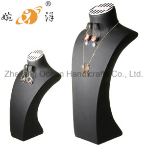 Exquisite Eco-Skin Bust Jewelry Display Stand (LJ-006) pictures & photos
