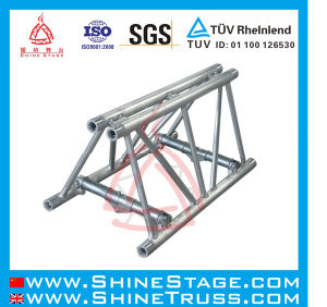 Large Size Aluminum Exhibition Trade Show Truss pictures & photos