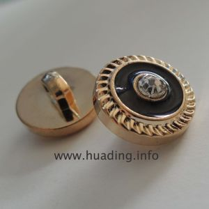 Gorgeous Sewing Button with Glass Stone B583 pictures & photos