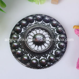 Free Design Small Round Mirror in Hand (70mm) pictures & photos
