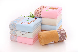 Embroidered Quickly Dry Microfiber Bath Towel pictures & photos