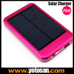 5000mAh High Quality Mobile Charger Solar Power Bank Portable Solar Charger for Cell Phone pictures & photos