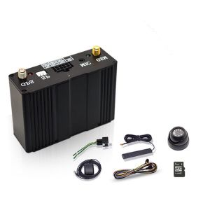 Camera GPS Vehicle Tracker for Realtime Tracking Supports Voice Monitoring/ Two Ways Communication /Fuel Monitoring pictures & photos