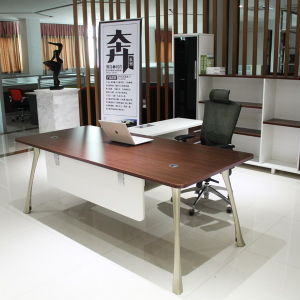 2015 Hot Sell Wooden Office Table Modern Furniture pictures & photos