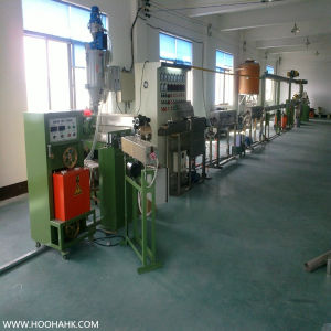 Energy Saving High Speed Electricity Power Cable Extruder Machine pictures & photos