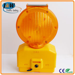 Solar Powered Warning Lamp Light for Roadway Safety pictures & photos