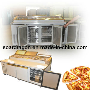 Refrigerated Pizza Prep Table with 12 Trays (WGL-PZZAL3) pictures & photos