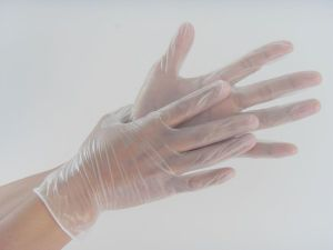 Cheap Wholesale Disposable Hospital Vinyl Gloves pictures & photos
