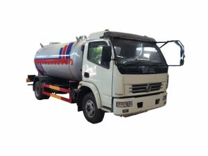 Dongfeng 4X2 15000 Litres Fuel Tanker Truck pictures & photos