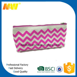 Small Canvas Chevron Cosmetic Bag pictures & photos