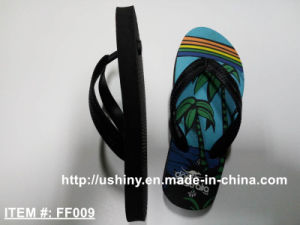 Kid′s Classical Beach Flip Flop Slippers pictures & photos