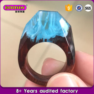 Handmade Fashion Secret Wood Resin Ring pictures & photos