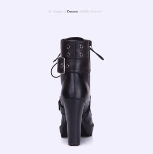 Women Casual Leather Buckle-Strap Shoes High Heels Lady Martens Boots pictures & photos