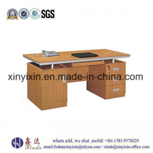 Home Furniture Small Size Melaminme Computer Desk (MT-2426#) pictures & photos