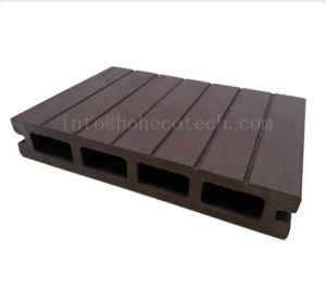High Quality Cheap WPC Composite Deck Floor 146h25 pictures & photos
