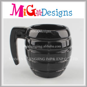Wholesale OEM Colour 13 Oz Ceramic Grenade Mug pictures & photos