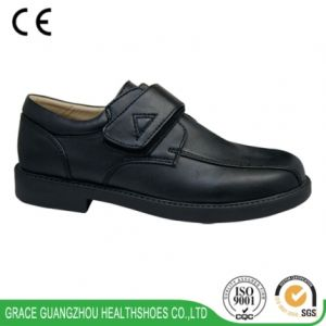 Health School Footwear Black Children Ortho Shoes Ankle Boot pictures & photos