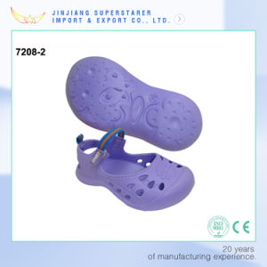 EVA Cute Girl Sandals, Purple Flat Summer Shoe with Magic Tape Upper Strap pictures & photos