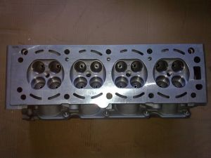 Cylinder Head Excelle 1.8L16V for GM Car pictures & photos
