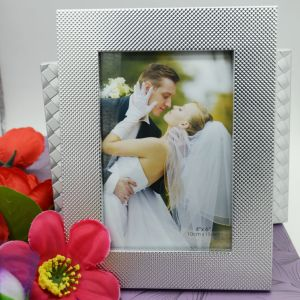 New 4X6 Metal Picture Frame Photo Frame pictures & photos