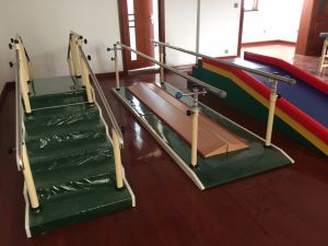 Rehabilitation Center Walking Stairs and Parallel Bars pictures & photos