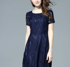Summer Fashion Lace Round-Neck Short Sleeve Dress pictures & photos