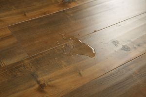 Handscraped V-Groove Laminate Floor pictures & photos