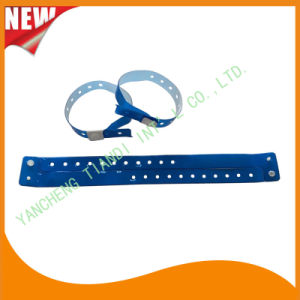 Vinyl Entertainment Band ID Bracelets Festival Wristbands (E607035) pictures & photos