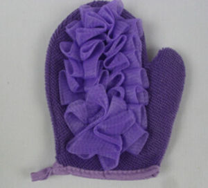 New Design Hot Selling Bath Glove pictures & photos
