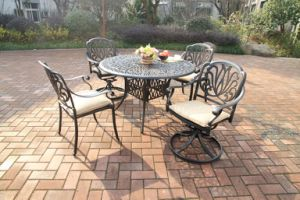 Elegant High Quality Dining Sets Cast Aluminum Furniture pictures & photos