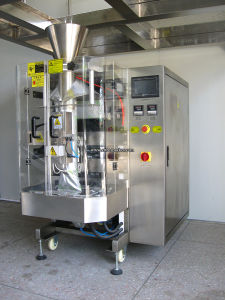 Auto Stand-up Pouch Sausage Packing Machine pictures & photos