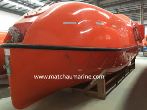 China Cheap Fully Enclosed Fiberglass Lifeboat for Sale pictures & photos