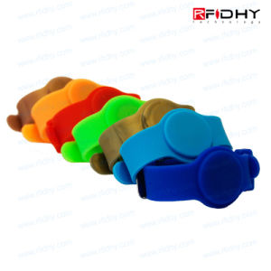 Lf/Hf/UHF RFID Wristband Rubber Bracelet for Amusement pictures & photos