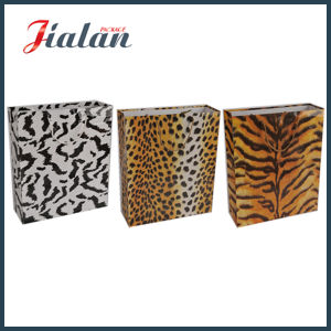 Wholesales Design Customize Size Fashion Logo Printed Leopard Paper Bag pictures & photos