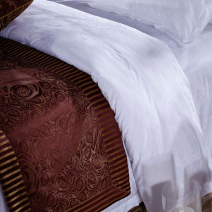Hot Sale Factory Directly Supply Used Hotel Bedding Linen pictures & photos