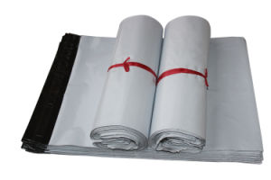 Custom LDPE White Poly Mailer Packaging Bag for Delivery pictures & photos