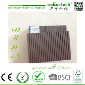 China WPC Extrusion OEM Outdoor Decking pictures & photos