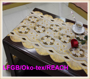 Vinyl Golden&Silver PVC Lace Runner/Table Doilies in Rolls pictures & photos