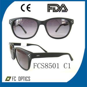 Customized Clear Lenses Color Polarized Material Sun Eyeglasses pictures & photos