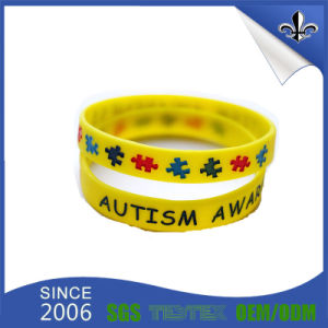 Wholesale Fashion Hot Selling Custom Promotional Gift Silicone Wristband pictures & photos