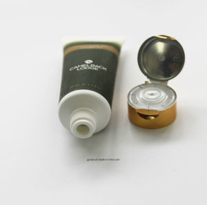 35 Diameter Customized Top Quality Cosmetic Packgaing Tube with Round Oriented Flip Cap pictures & photos